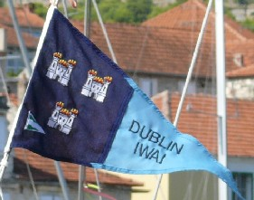 [Inland Waterways Association of Ireland Dublin burgee]