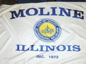 [Moline, Illinois flag]